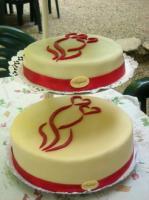 Emblémás esküvői torta (Auguszt)